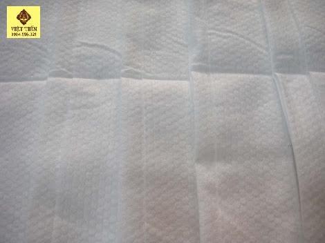 Loại khăn có lõi chấm bi dày